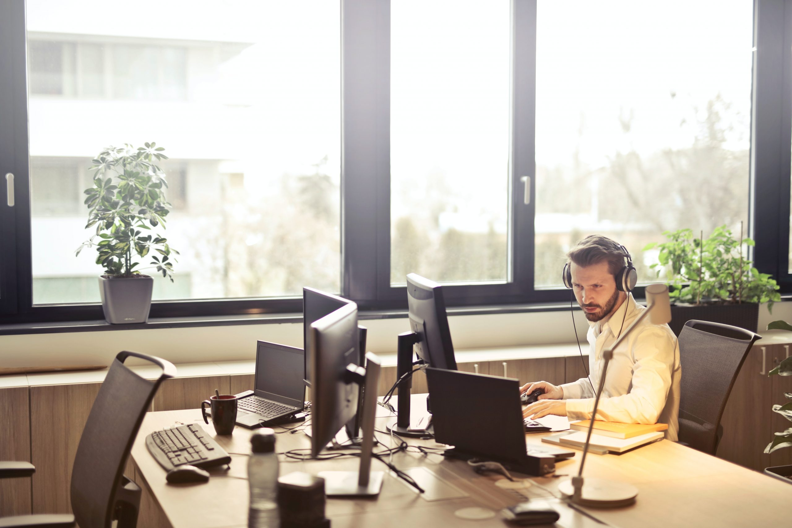 How a B2B Appointment Setting Company Benefits the Business
